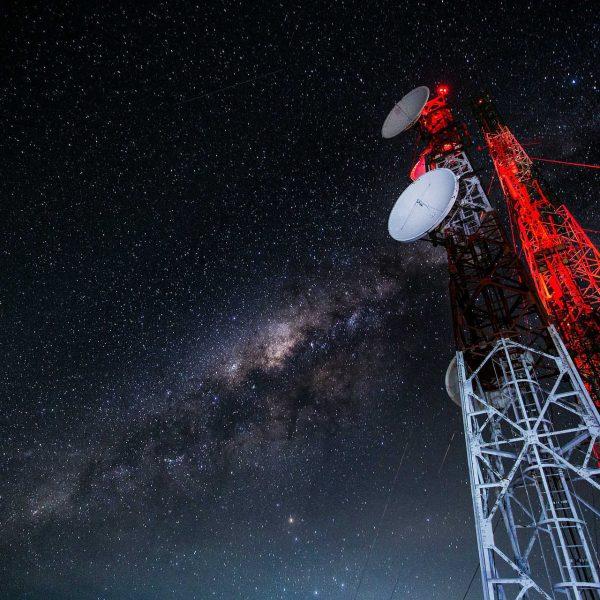 Technology & Telecommunications